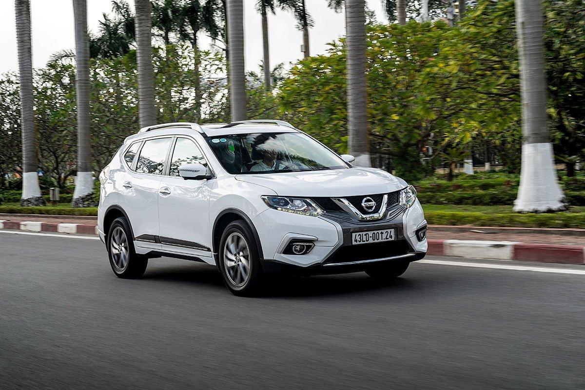 So sánh xe Nissan X-Trail 2019 và Mazda CX-5 2019 a31