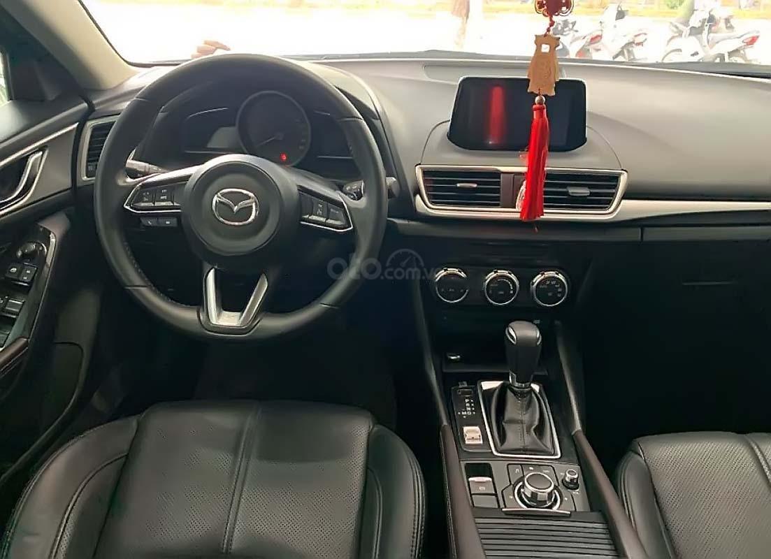 Bán xe cũ Mazda 3 1.5 AT 2018, màu xanh lam (2)
