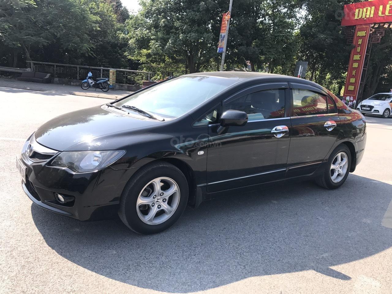 Bán xe Honda Civic 1.8 VTI AT năm sản xuất 2011, màu đen, lỗi biếu xe, mới thật (2)