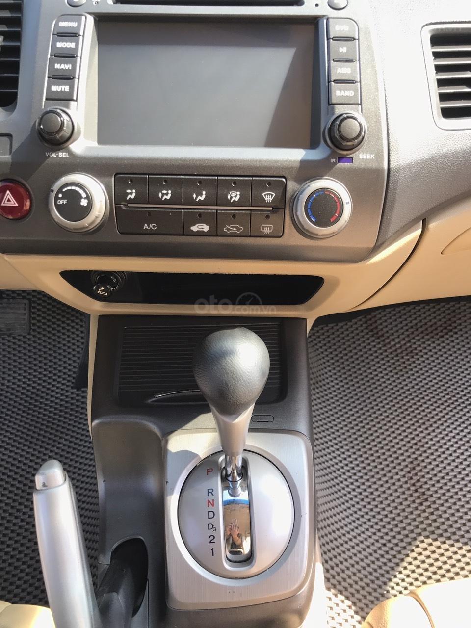 Bán xe Honda Civic 1.8 VTI AT năm sản xuất 2011, màu đen, lỗi biếu xe, mới thật (21)