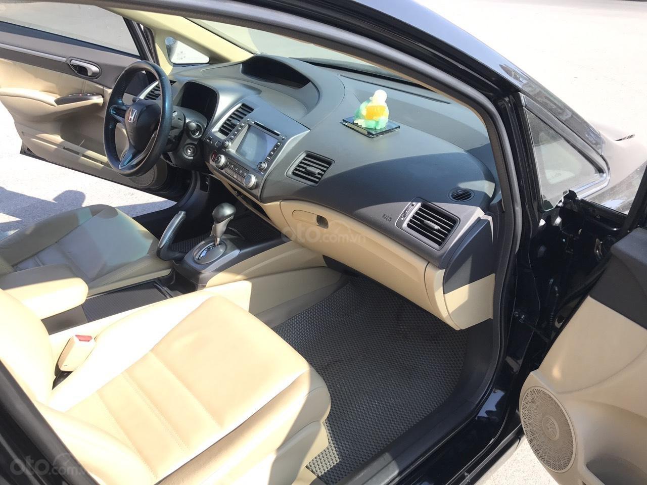 Bán xe Honda Civic 1.8 VTI AT năm sản xuất 2011, màu đen, lỗi biếu xe, mới thật (7)