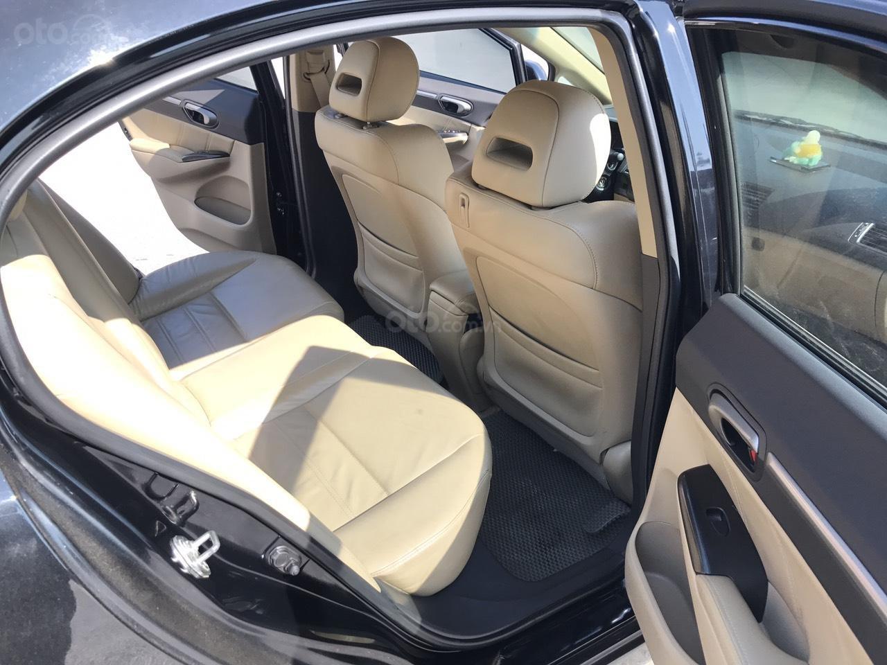 Bán xe Honda Civic 1.8 VTI AT năm sản xuất 2011, màu đen, lỗi biếu xe, mới thật (22)