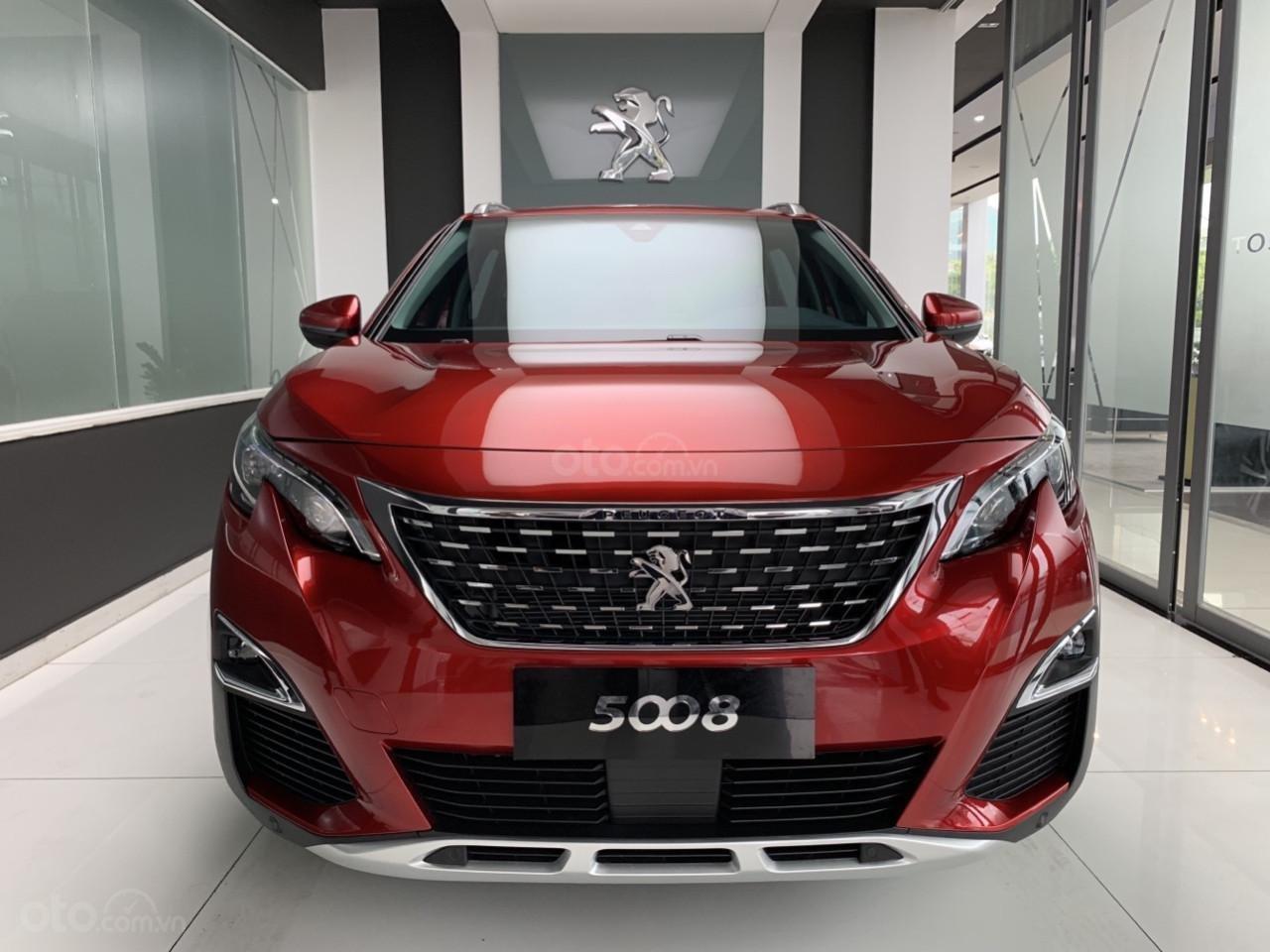 Peugeot 5008 đỏ 2019, chạy lướt, mới lăn bánh 57km, chạy dc 2 ngày, cần thanh lý (1)