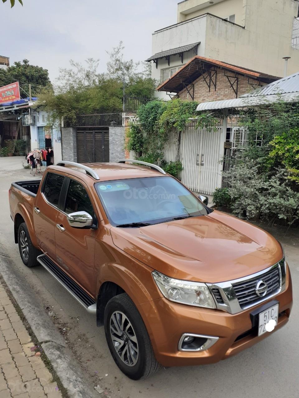 Bán ô tô Nissan Navara NP300 VL 2 cầu T12/2015, màu cam, NK Thái Lan (1)