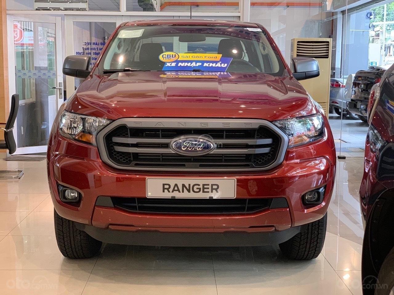 Bán ô tô Ford Ranger XLS AT sản xuất 2019, màu đỏ, xe nhập, giá tốt tặng full phụ kiện, LH 0974286009 (2)