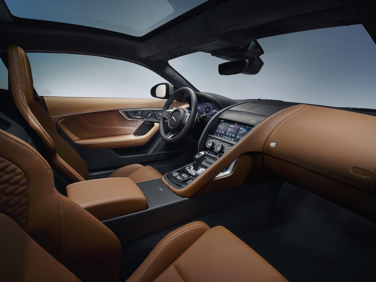 Nội thất xe Jaguar F-Type 2021/