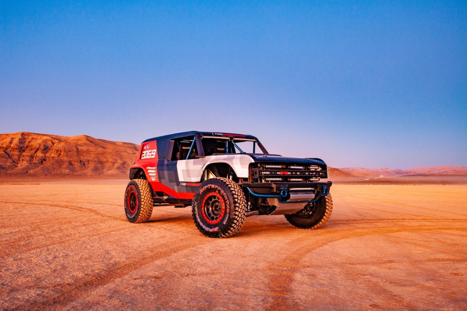 5 điều cần biết về SUV Ford Bronco 2020 - Sức mạnh mãnh liệt