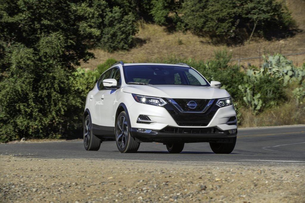 Nissan X-Trail Sport 2020 lên kệ, tăng giá nhẹ và bổ sung công nghệ