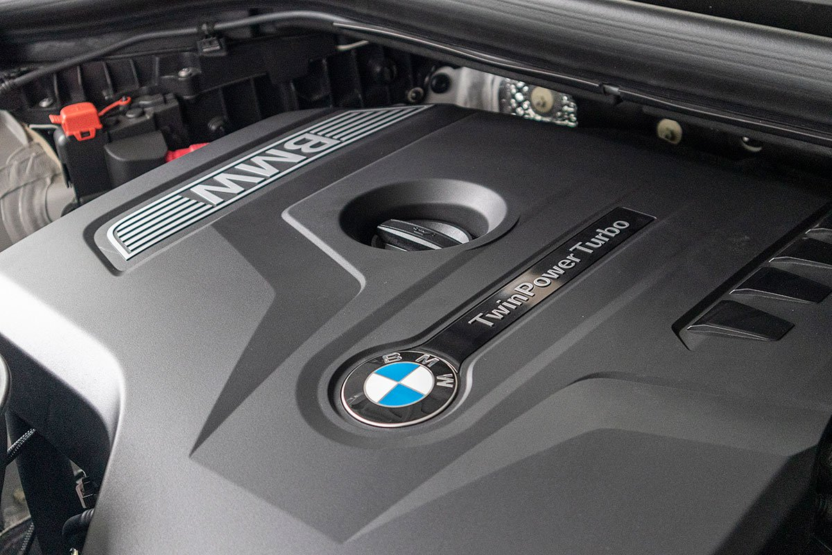 Đánh giá xe BMW X3 2019: Động cơ I-4 2.0L TwinPower Turbo.