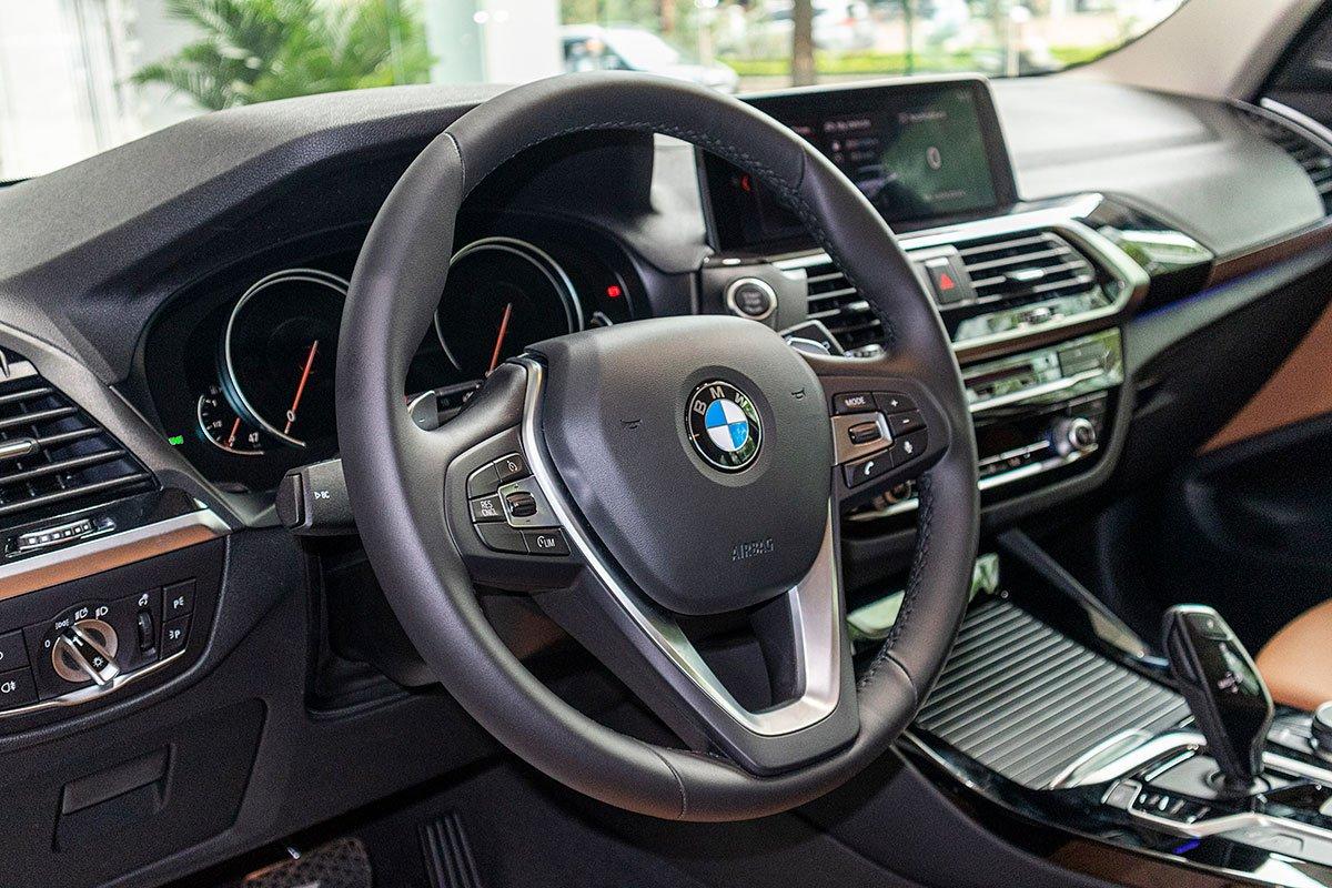 Đánh giá xe BMW X3 2019: Vô-lăng thiết kế mới.
