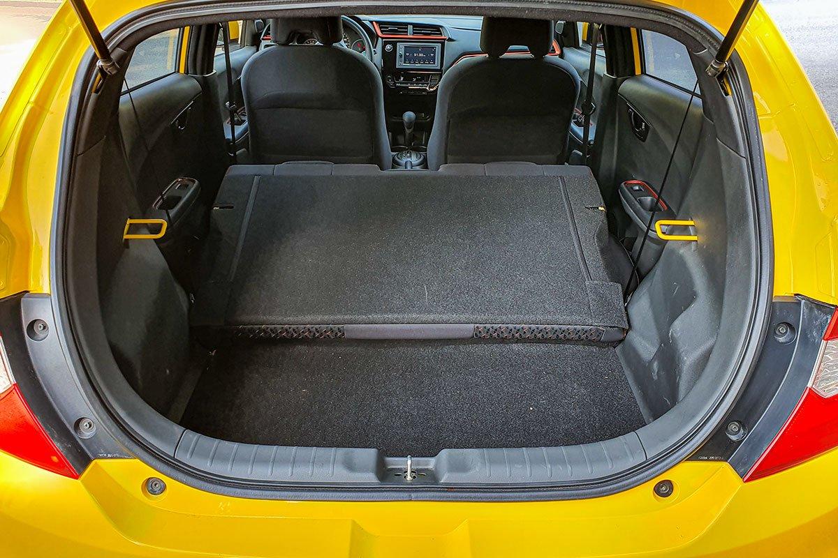 Đánh giá xe Honda Brio 2019: Khoang hành lý 1.