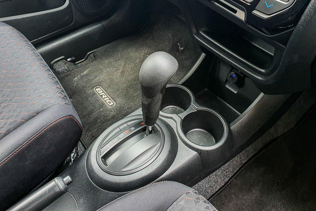 Đánh giá xe Honda Brio 2019: Hộp số tự động CVT.