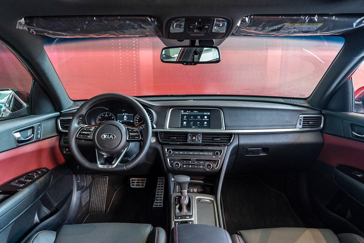 Đánh giá xe Kia Optima 2019: nội thất cao cấp.