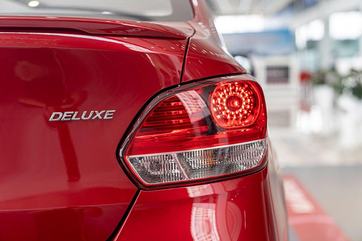 Đánh giá xe Kia Soluto 2019: Đèn hậu không sử dụng công nghệ chiếu sáng LED.