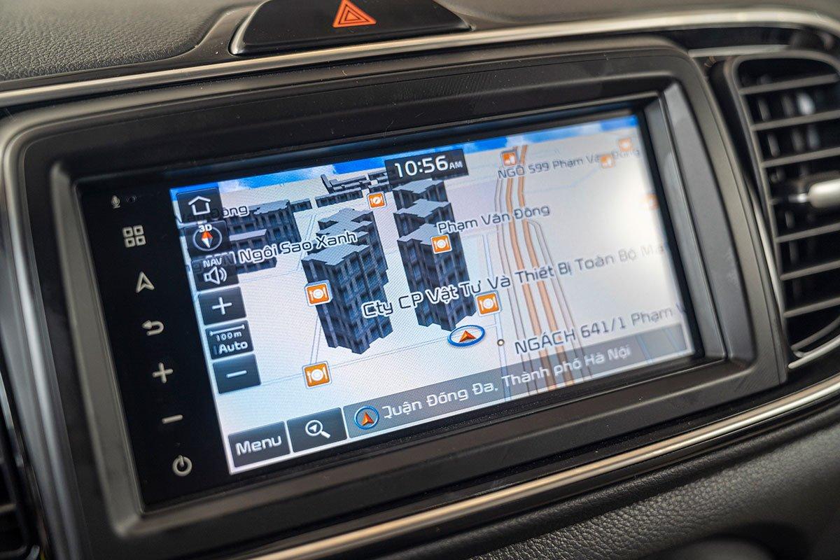 Đánh giá xe Kia Soluto 2019: Bản đồ GPS tích hợp sẵn.