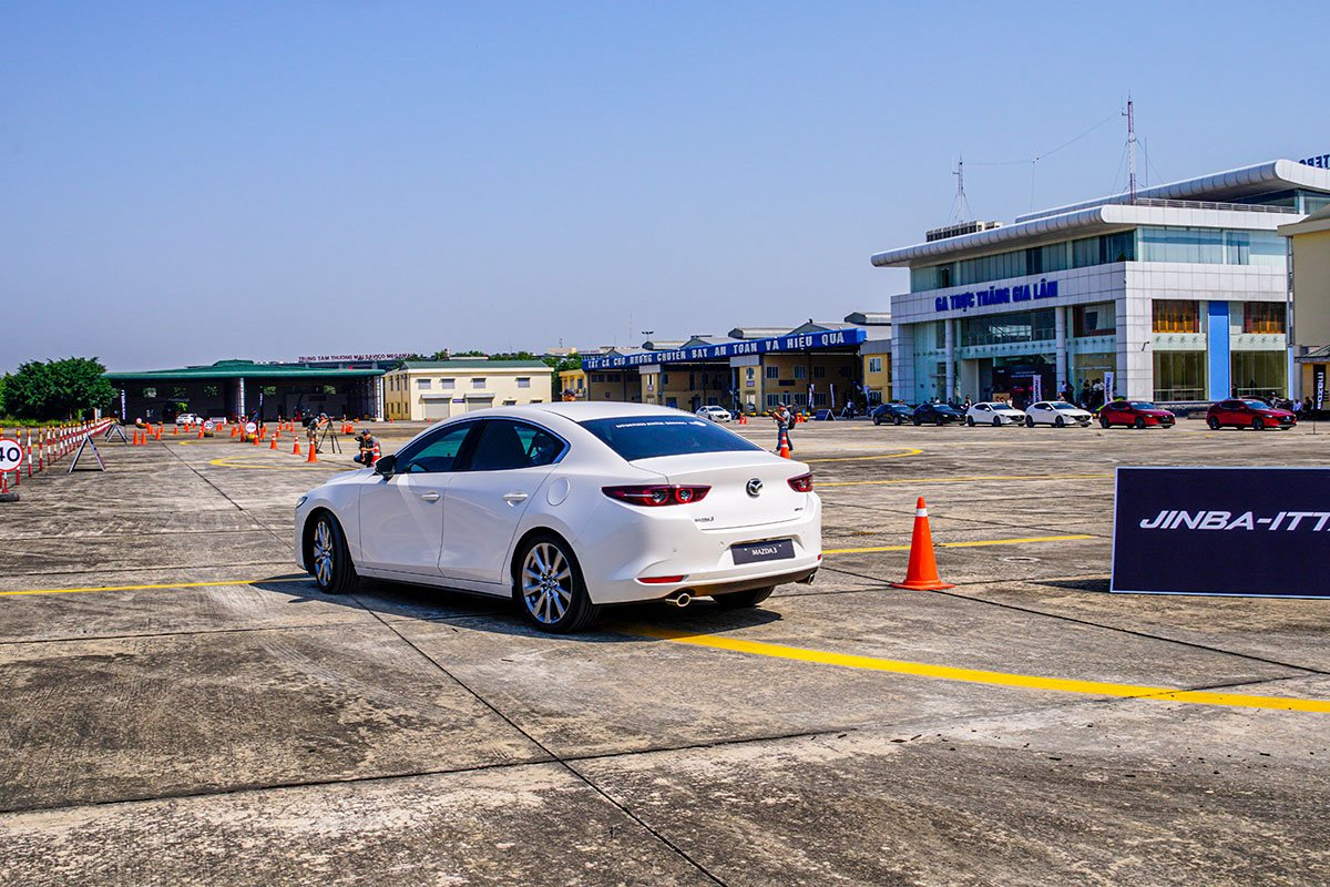 Đánh giá xe Mazda 3 2020 1.5L: Khả năng cách âm là thứ được cải thiện nhiều nhất ở mẫu xe mới này.