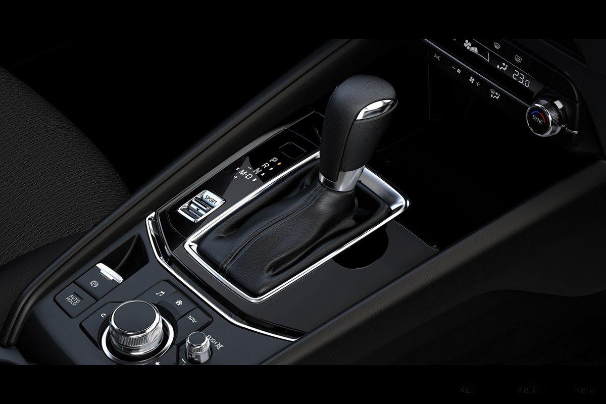 Đánh giá xe Mazda CX-5 2019: Hộp số tự động 6 cấp.
