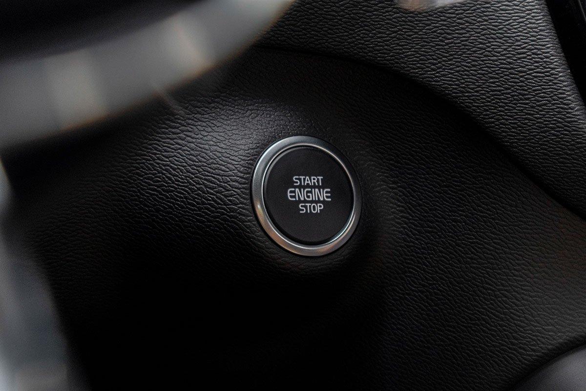 Khởi động bằng nút bấm trên Volvo XC40 2019.