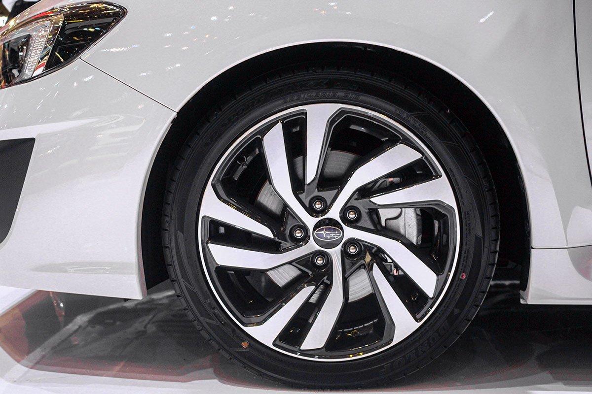 Bộ mâm 5 chấu kép dạng xoáy của Subaru Levorg 2020.