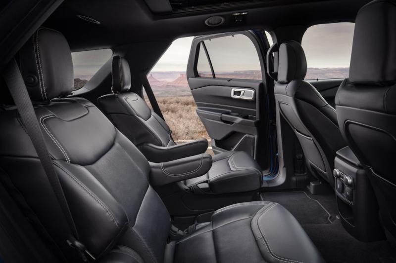 Nội thất Ford Explorer