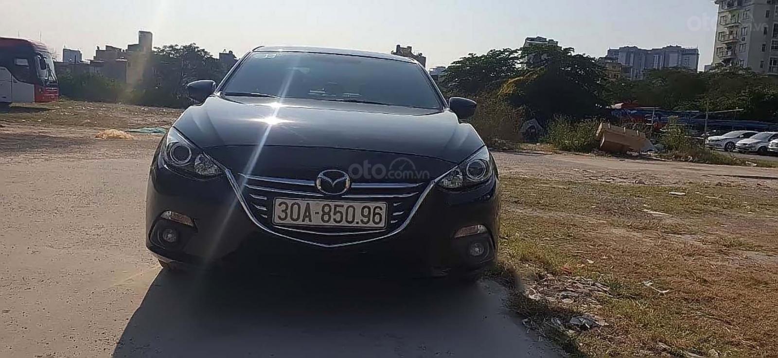 Bán xe Mazda 3 AT sản xuất năm 2015, màu đen, 545 triệu (2)