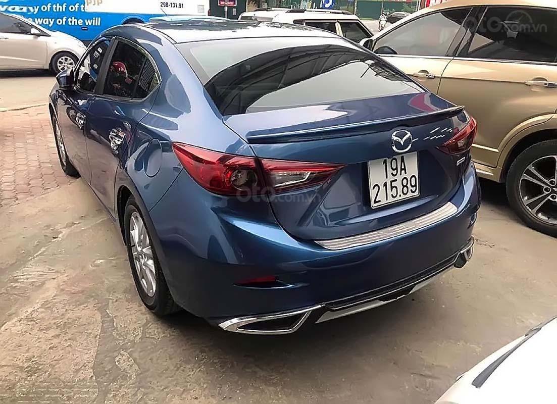 Cần bán Mazda 3 1.5 AT đời 2018, màu xanh lam, 640 triệu (2)