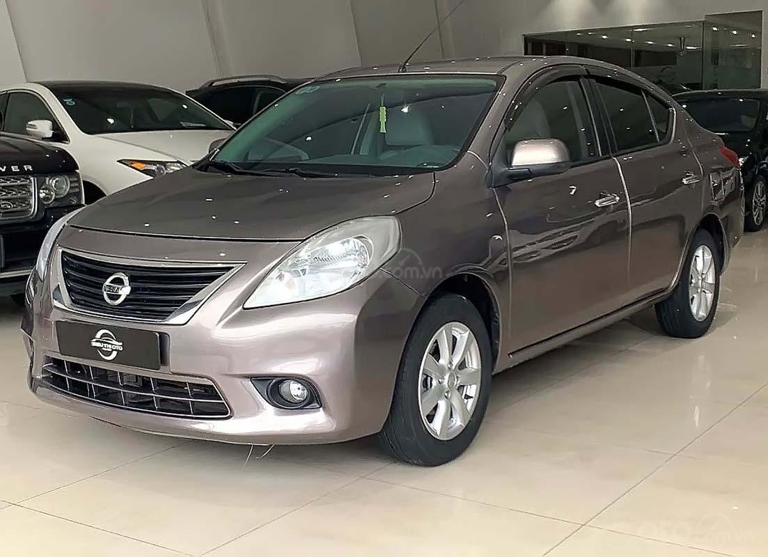 Bán xe Nissan Sunny đời 2014, màu xám, 355tr (1)
