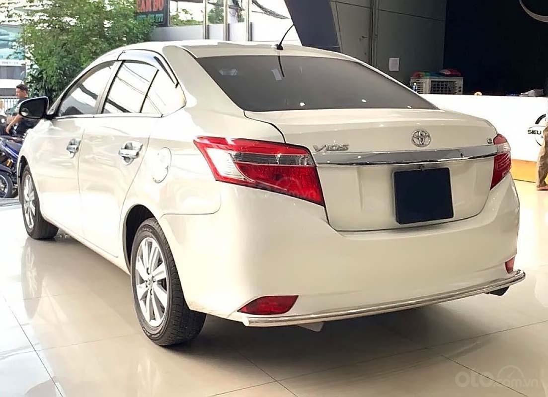 Bán Toyota Vios 1.5 E MT đời 2017, màu trắng số sàn (3)