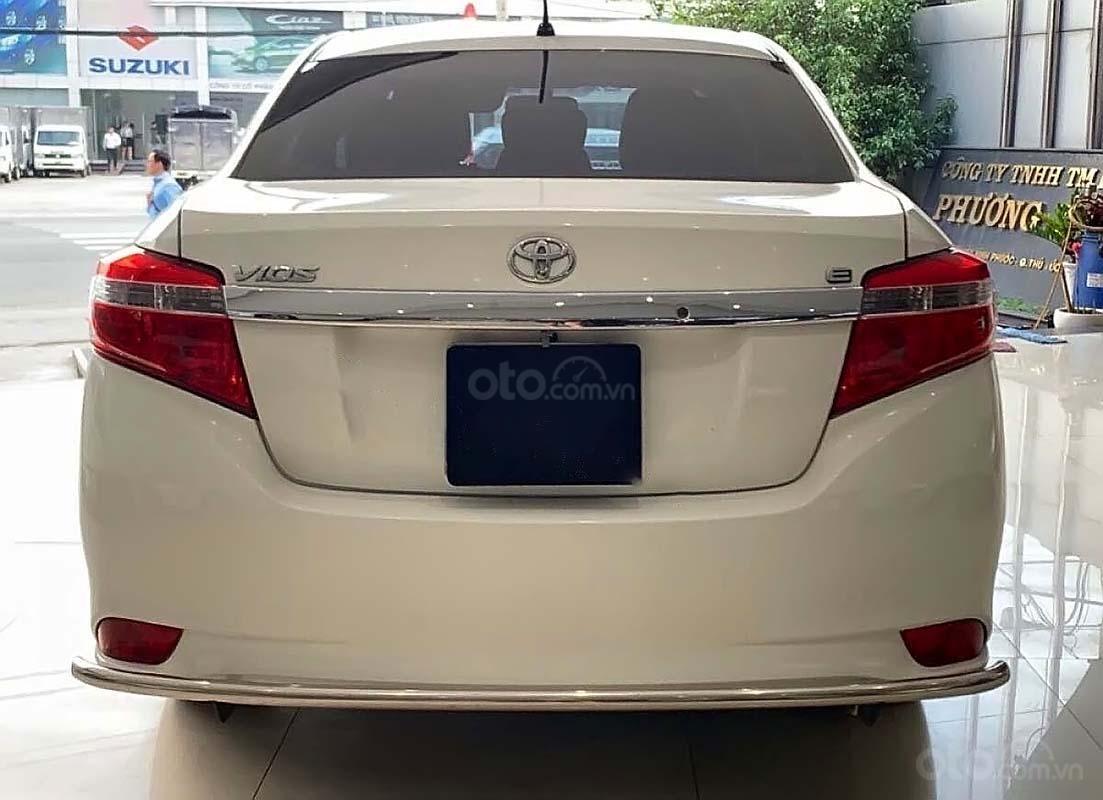 Bán Toyota Vios 1.5 E MT đời 2017, màu trắng số sàn (4)