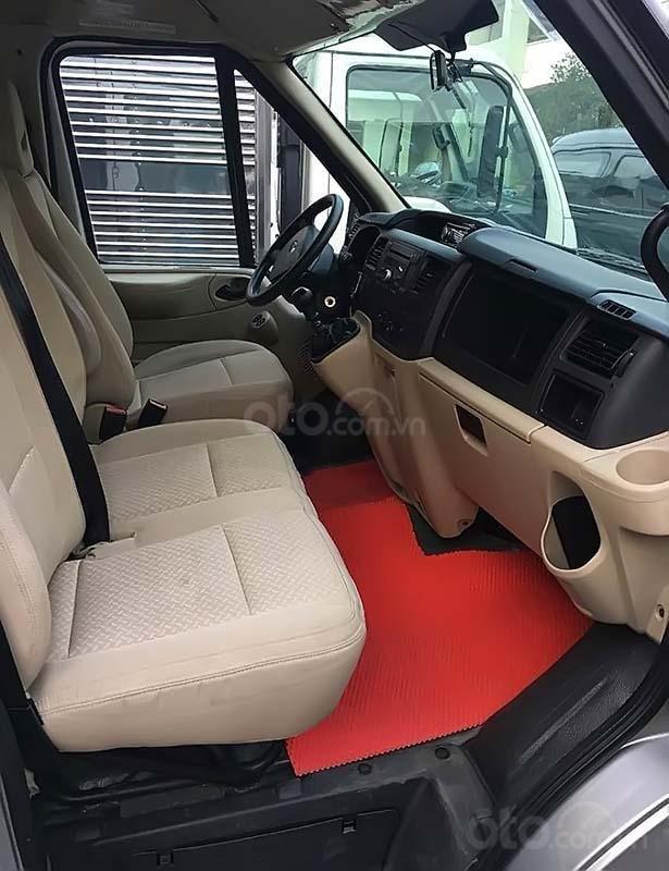 Cần bán Ford Transit sản xuất 2014, màu bạc, xe như mới (4)