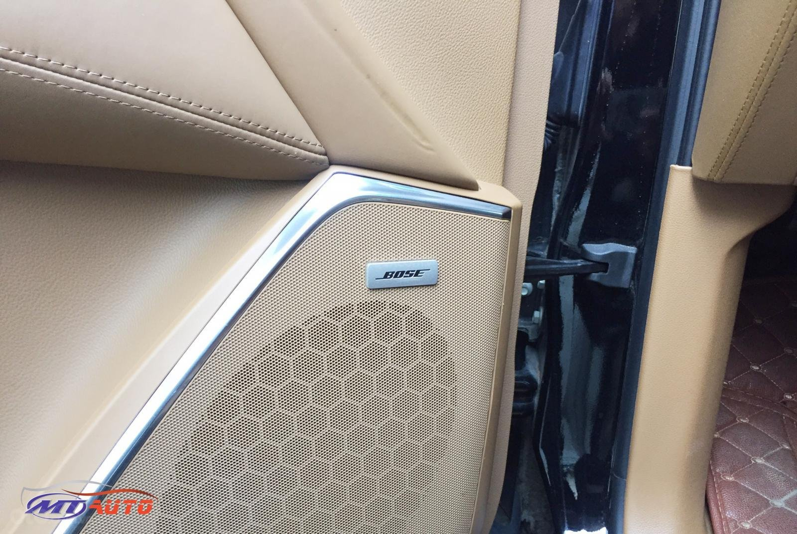 Bán Cadillac Escalade ESV Platinum model 2016, LH em Huân 0981.0101.61 (8)