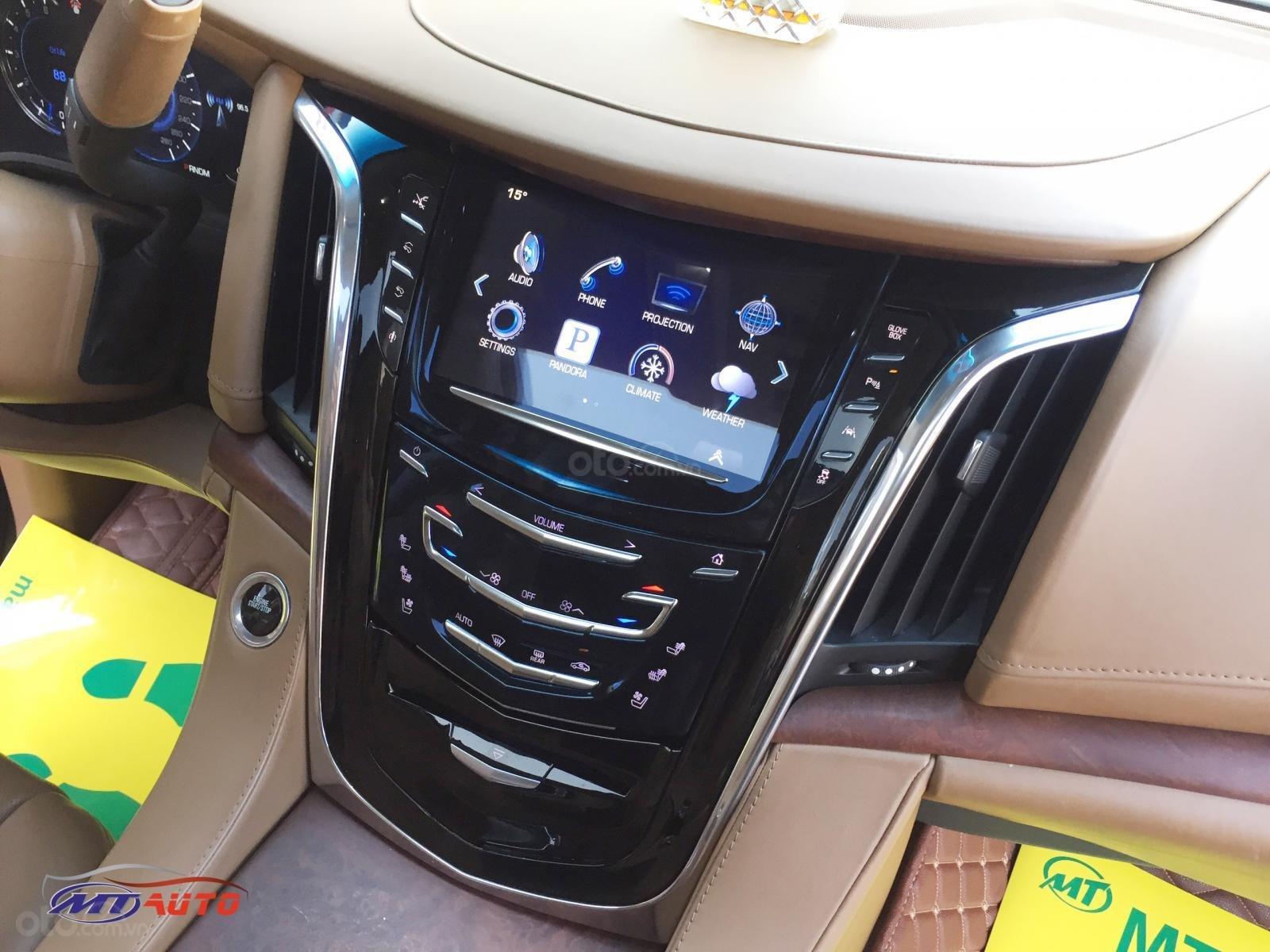 Bán Cadillac Escalade ESV Platinum model 2016, LH em Huân 0981.0101.61 (9)