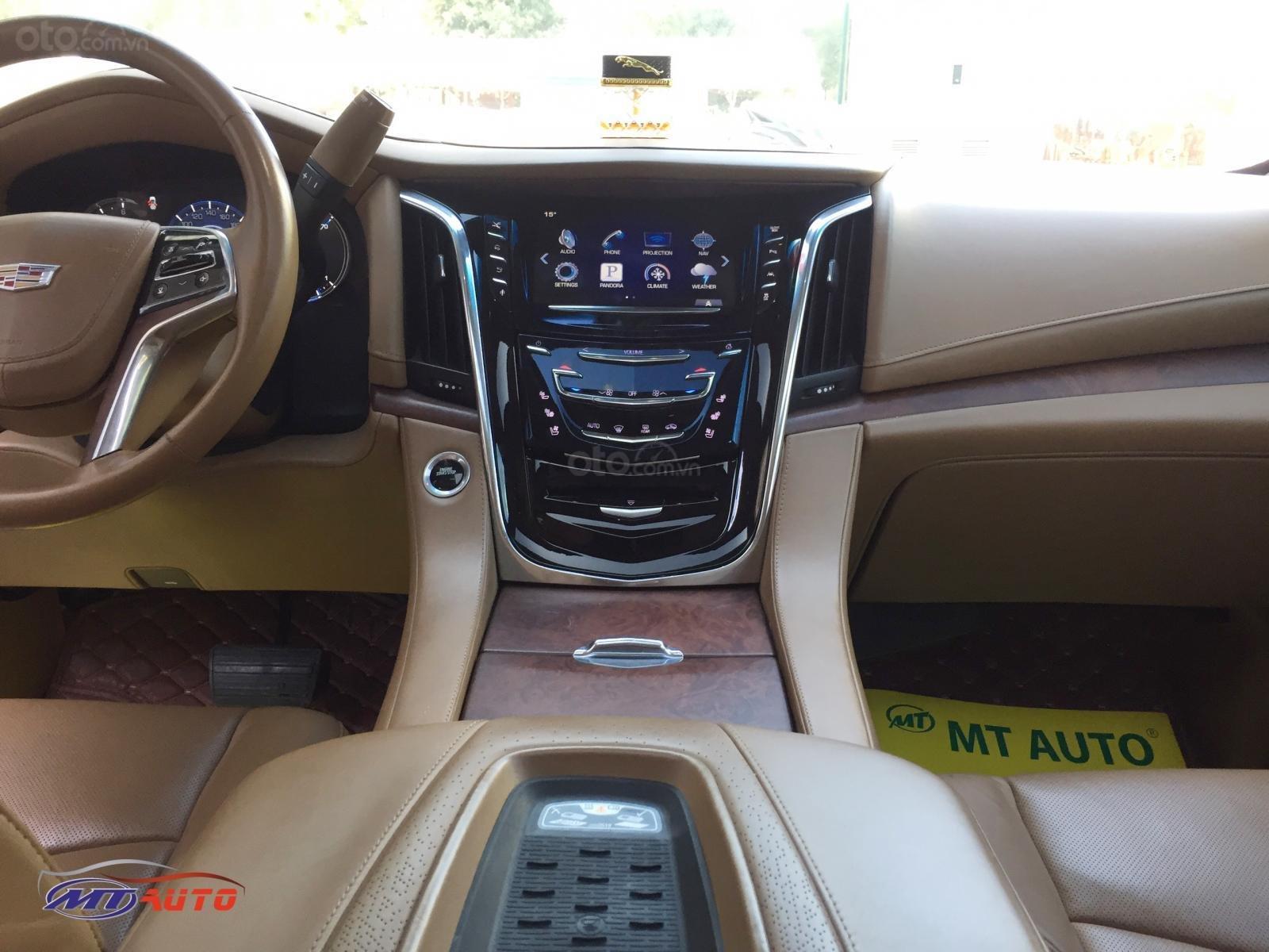 Bán Cadillac Escalade ESV Platinum model 2016, LH em Huân 0981.0101.61 (10)