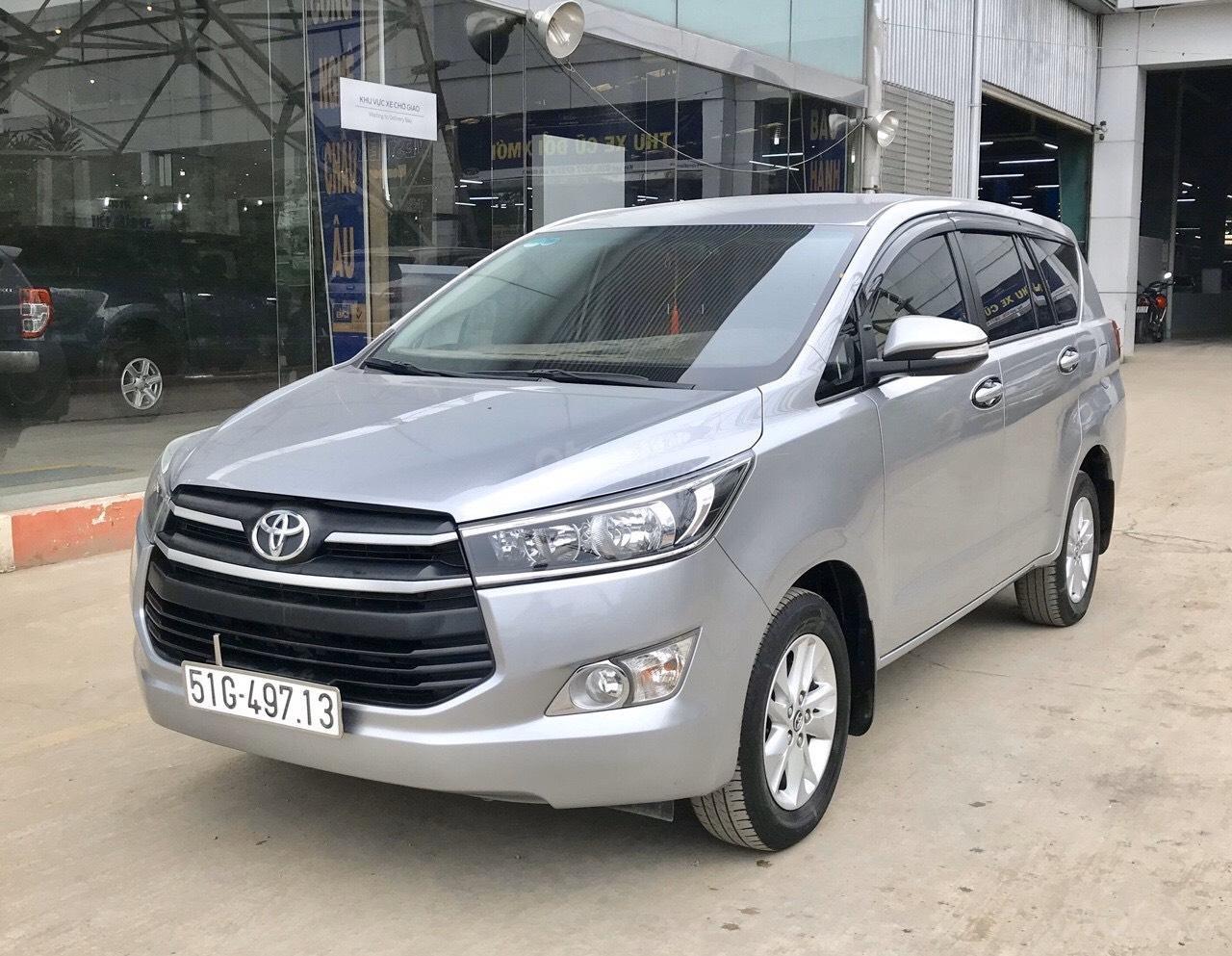 Bán Toyota Innova 2.0E MT 2017, full option xe bán tại hãng có bảo hành (3)