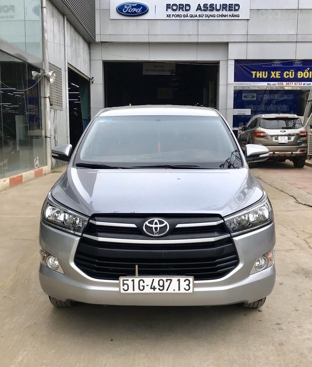 Bán Toyota Innova 2.0E MT 2017, full option xe bán tại hãng có bảo hành (1)