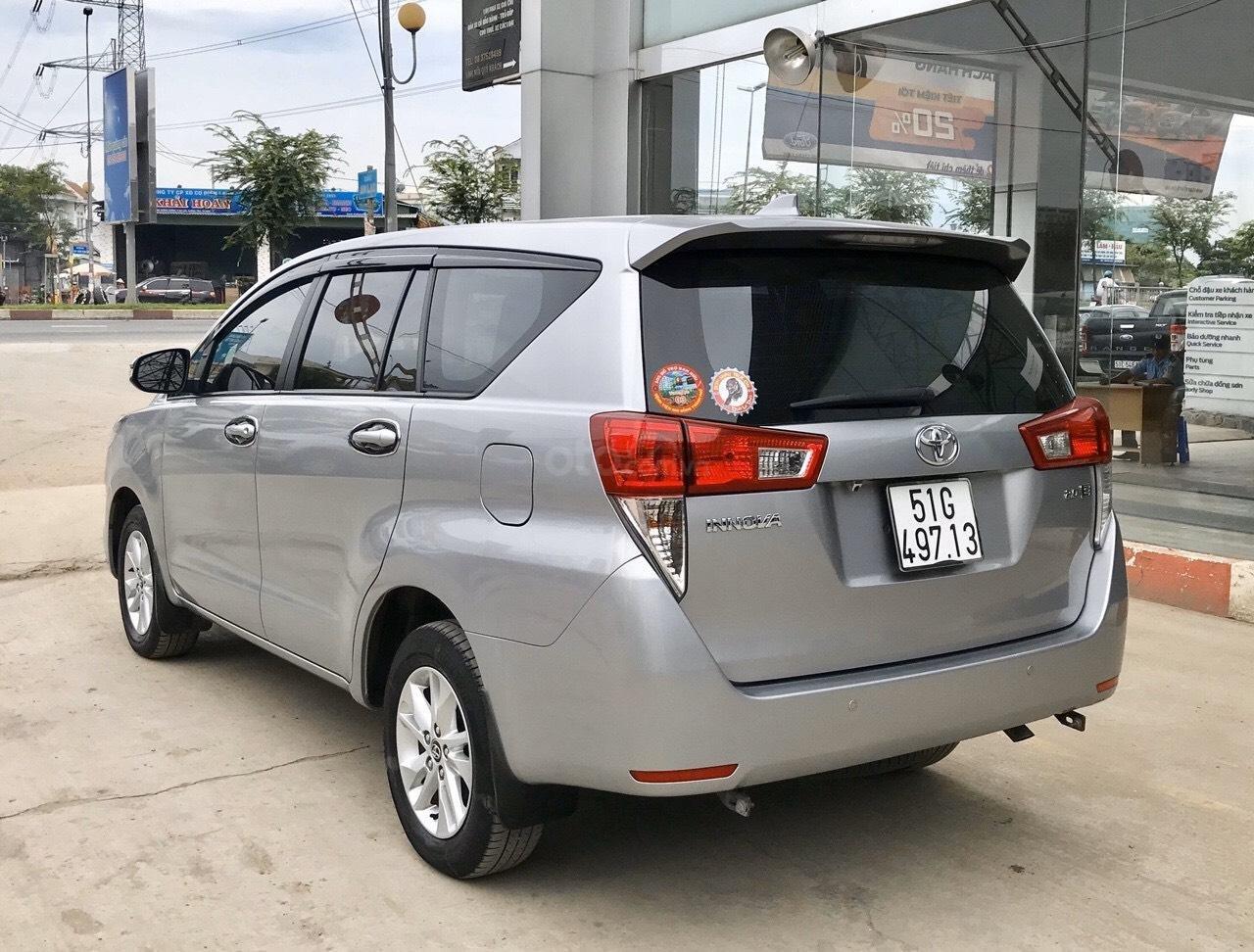 Bán Toyota Innova 2.0E MT 2017, full option xe bán tại hãng có bảo hành (5)