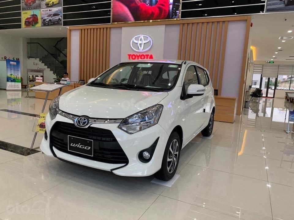 Toyota Wigo 2019 màu trắng a2