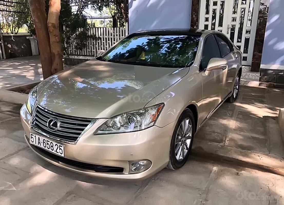 Xe Lexus ES 350 năm sản xuất 2010, nhập khẩu nguyên chiếc xe gia đình (1)
