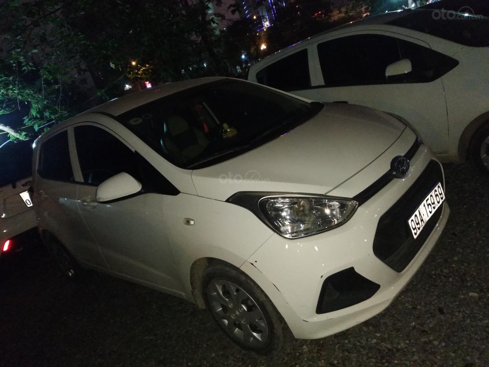 Bán xe Hyundai Grand i10 1.0 MT Base đời 2016 xuất xứ Ấn Độ (1)