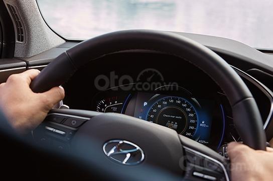 Cần bán Hyundai Santa Fe sản xuất năm 2019, màu xanh lam cực hot, hỗ trợ trả góp (7)