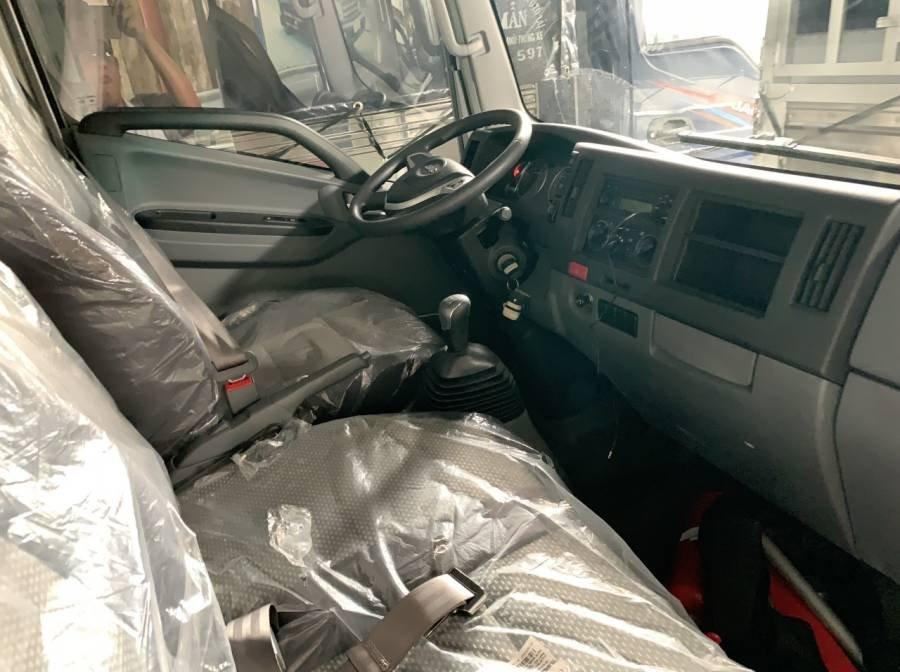 Cần bán xe JAC HFC N200 sản xuất 2019, màu trắng, thùng bạt, giá tốt (3)