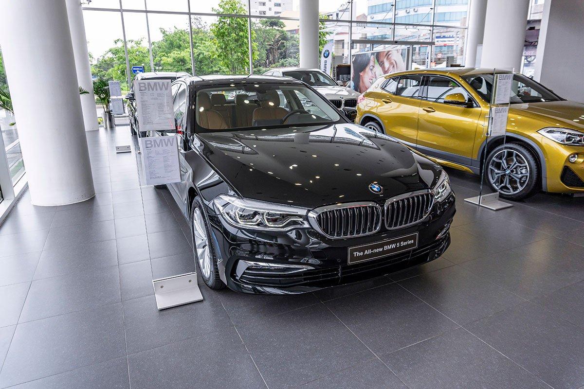 Đánh giá xe BMW 530i: Thiết kế tổng thể không có quá nhiều thay đổi.