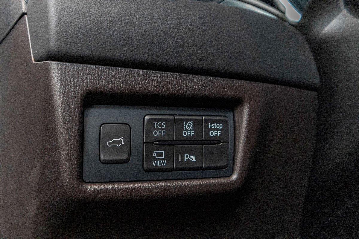 Đánh giá xe Mazda CX-8 2019: Rất nhiều trang bị an toàn.