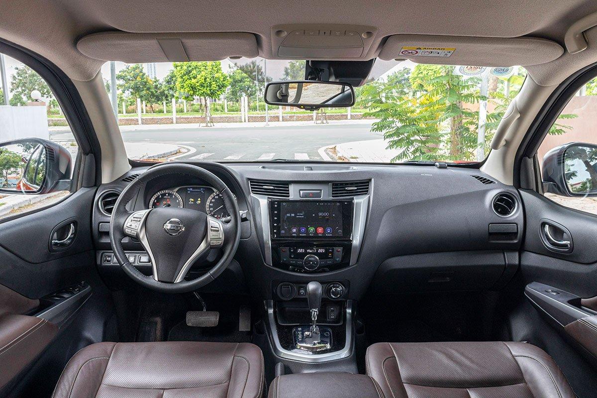 Khoang nội thất của Nissan Terra 2019 có thiết kế khá thông minh, các chi tiết tối giản tinh tế. 1