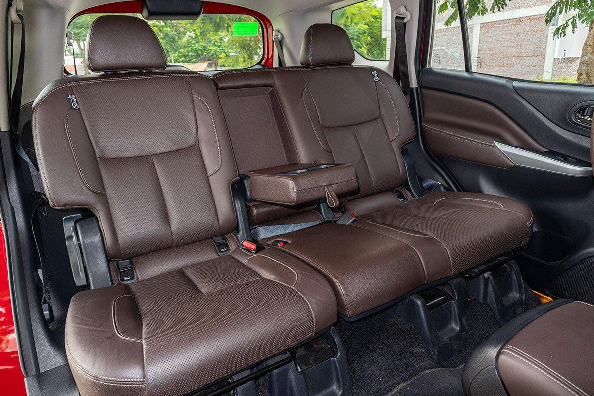 Đán giá Nissan Terra 2019: Hàng ghế thứ 2 rộng rãi 1.