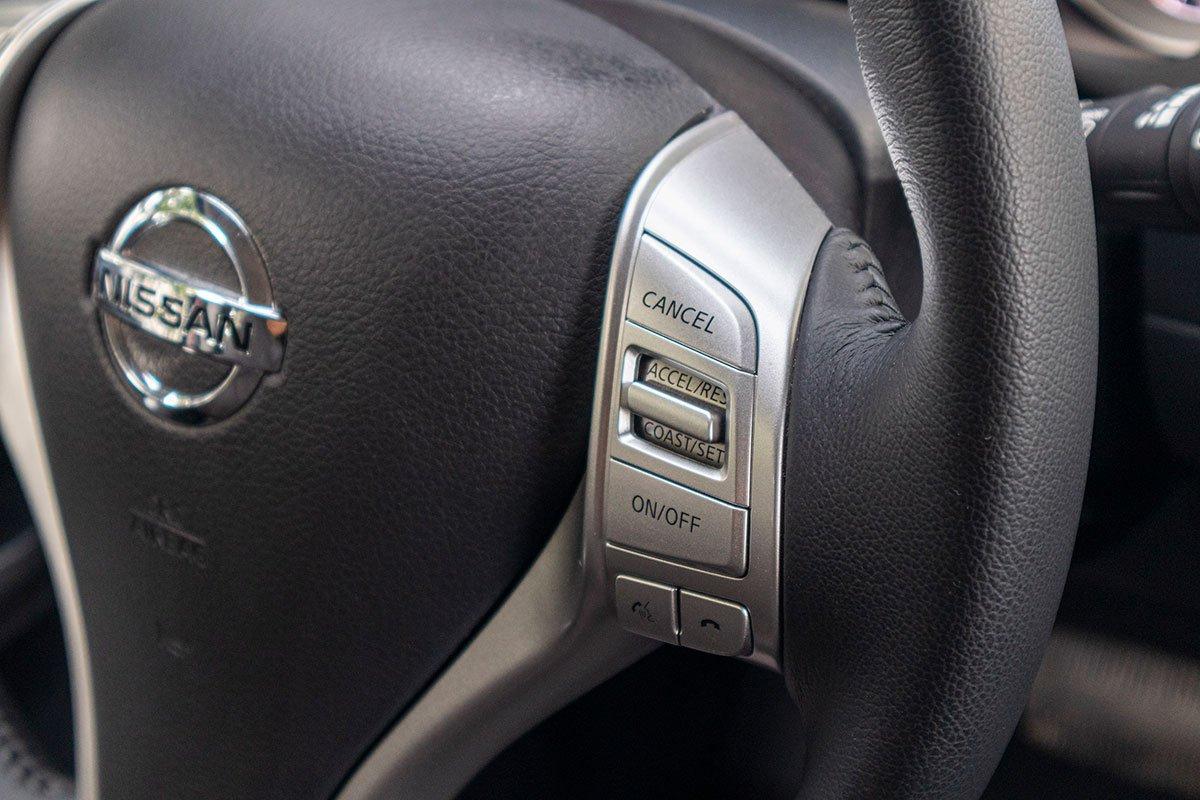 Đánh giá xe Nissan Terra 2019: Kiểm soát hành trình.