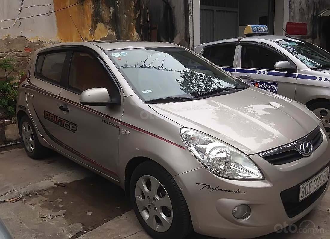 Bán Hyundai i20 đời 2010, màu vàng, nhập khẩu chính chủ (1)