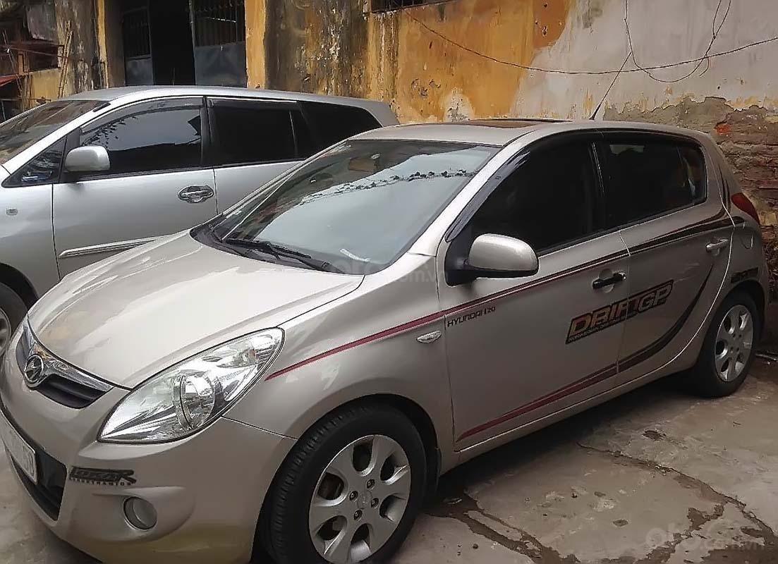 Bán Hyundai i20 đời 2010, màu vàng, nhập khẩu chính chủ (2)