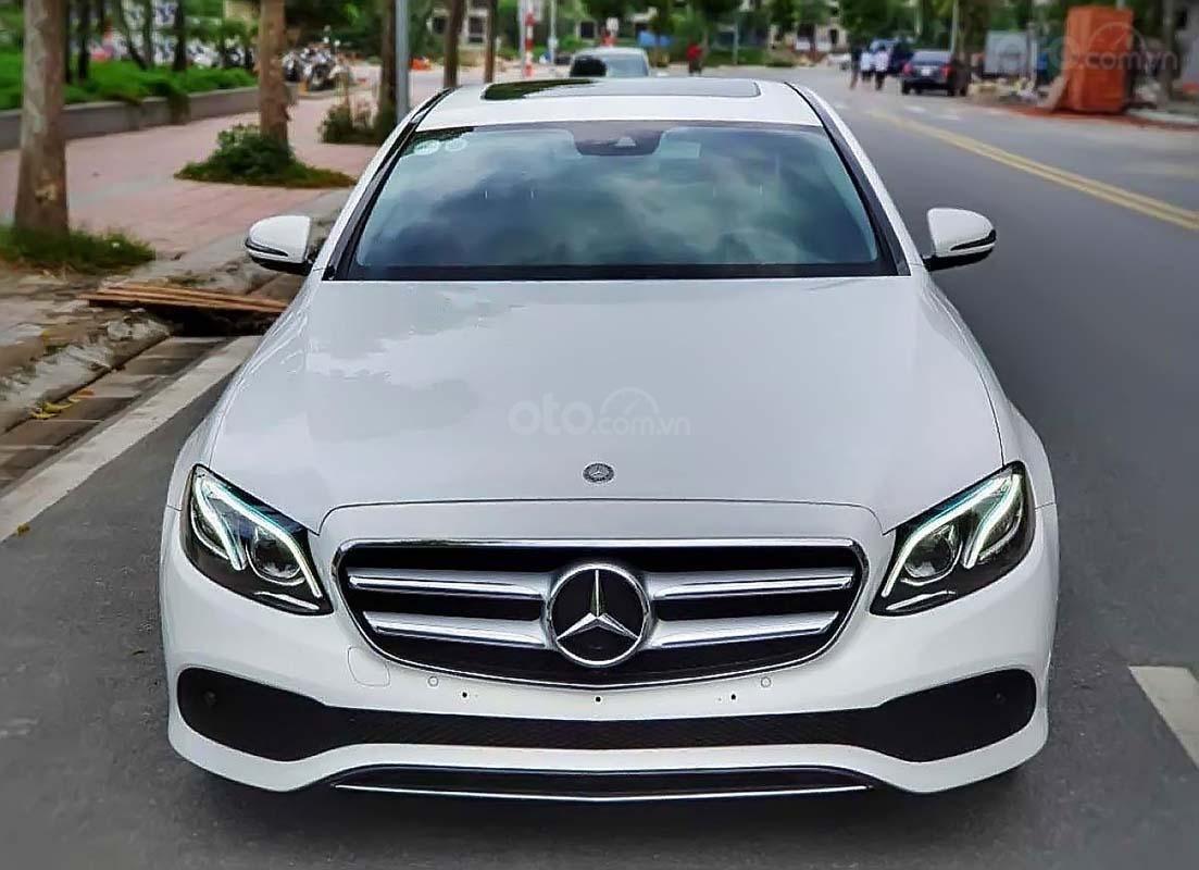 Bán Mercedes E250 năm sản xuất 2017, màu trắng (1)