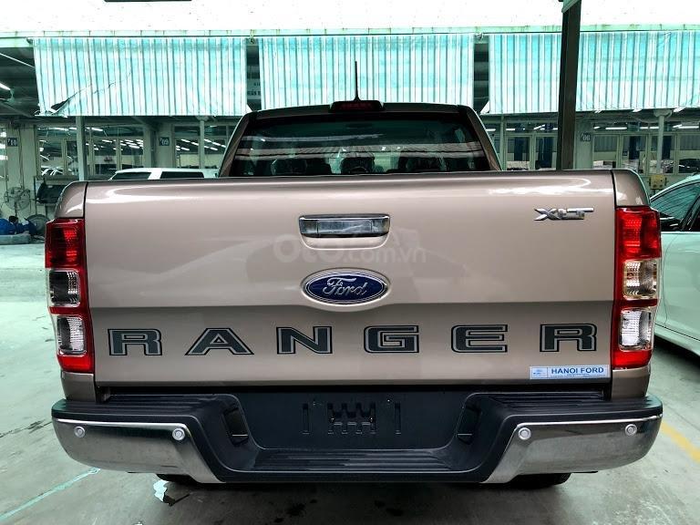 Mua xe Ford Ranger XLT AT 4x4 đời 2019, màu vàng, nhập khẩu - Giá tốt - Có sẵn xe - Giao ngay (4)